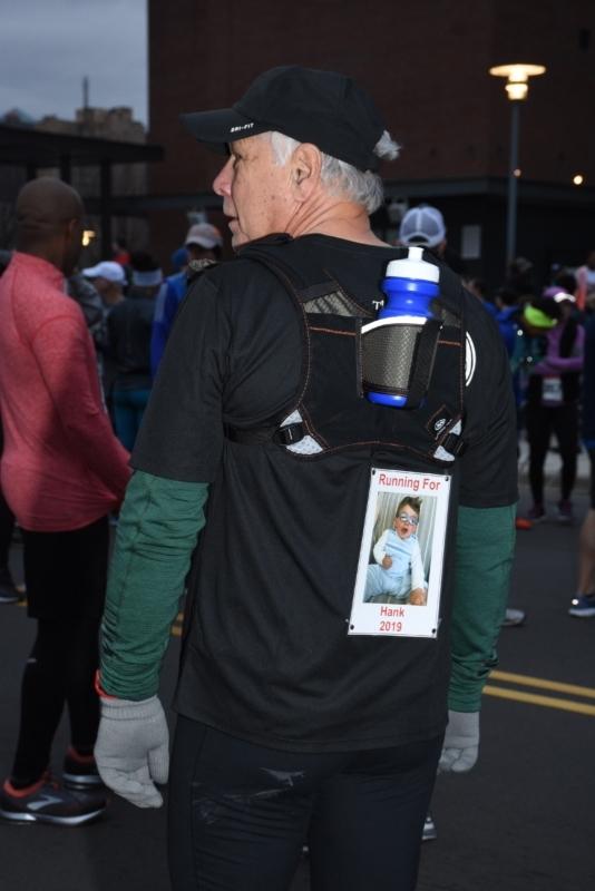 Man runs for Bell Center child