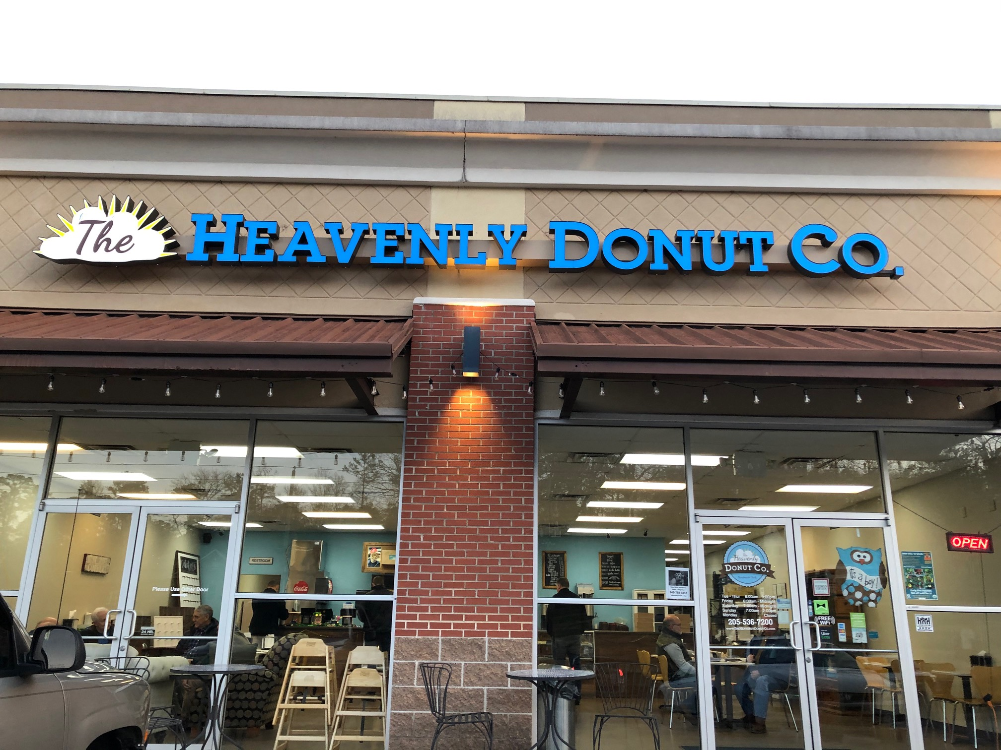 Heavenly Donuts ranked as Top 10 Donut Shop in U.S. by Travel Magazine