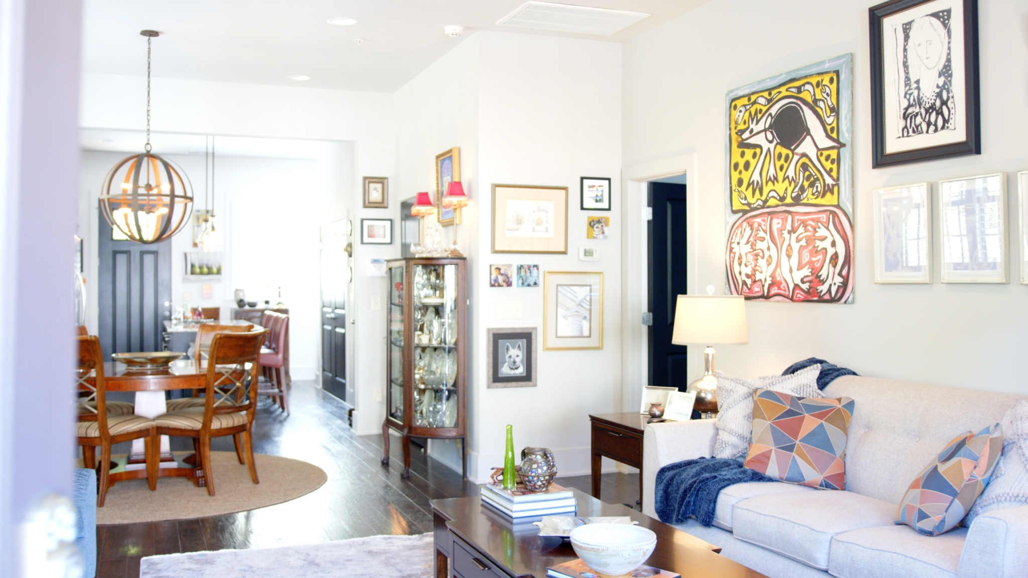 Tell the story of your home with art + the FREE La-Z-Boy in-home design program