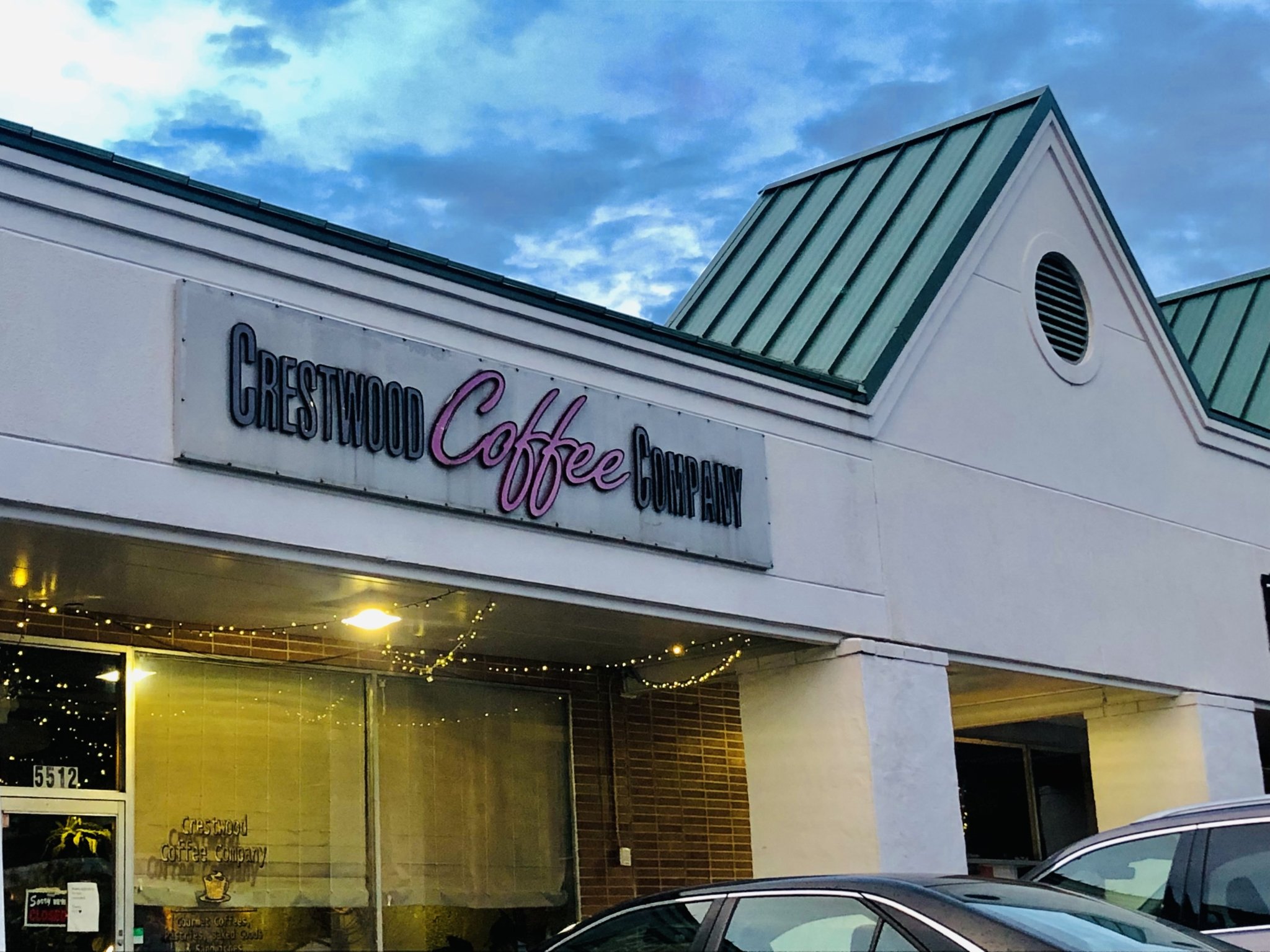 Crestwood Coffee, Eugene's Hot Chicken earn 95+ food service scores