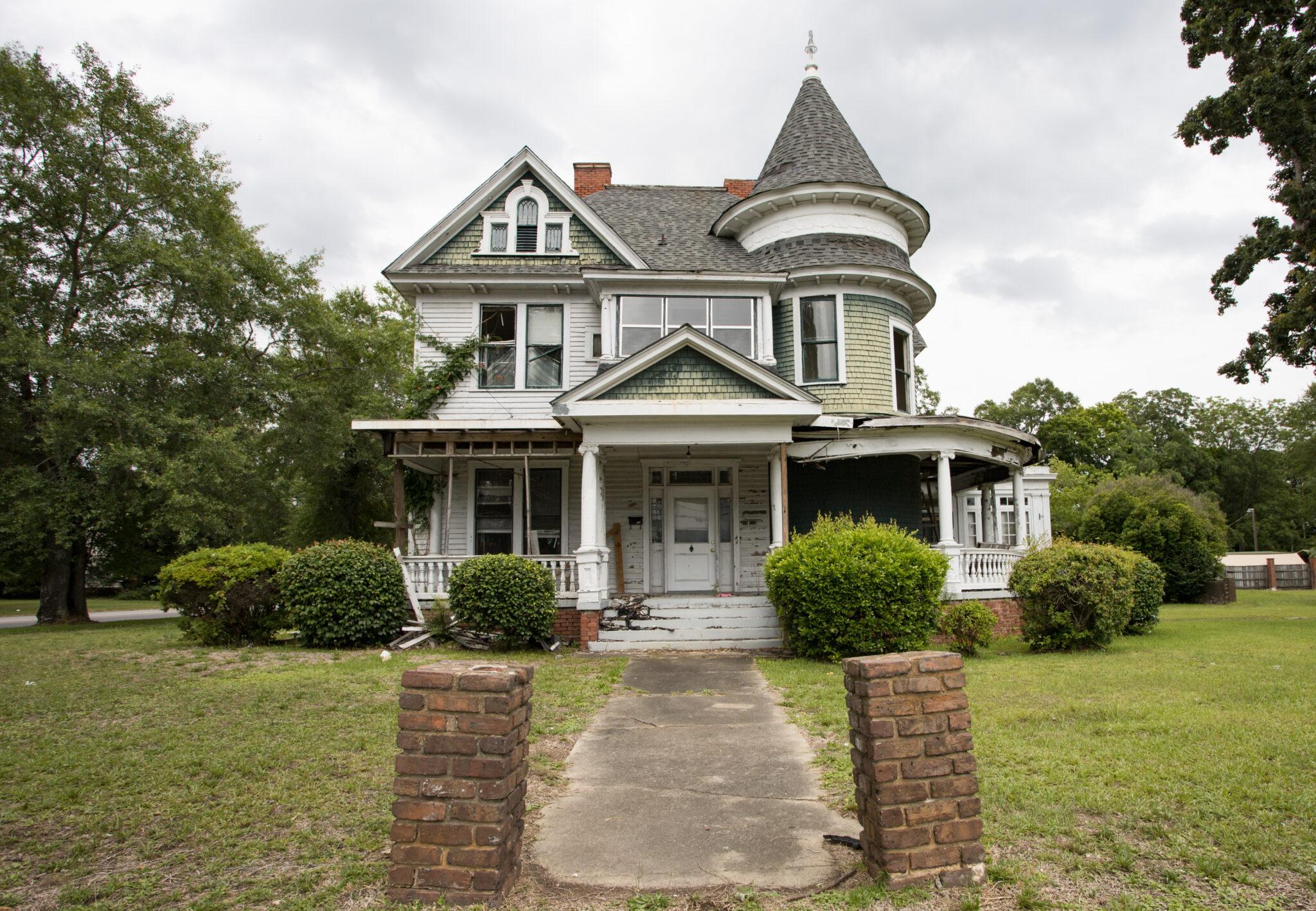 Leland Kent of Abandoned Southeast to publish new book, Abandoned Alabama, on Oct. 25